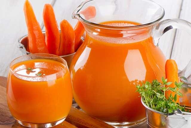 Carrot Juice And Yogurt