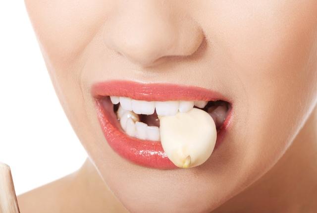 Garlic In Empty Stomach