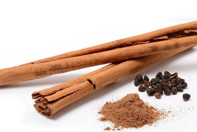 Add Cinnamon To Tea Or Coffee
